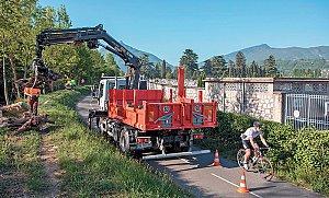 Grand Chambéry assure la Gestion des milieux aquatiques et prévention des inondations en partenariat avec le Cisalb.  Ici, l'entretien des berges.  © Didier Gourbin