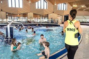 1er jour d'ouverture de la piscine aqualudique du stade, au grand public.  Didier Gourbin/Grand Chambéry